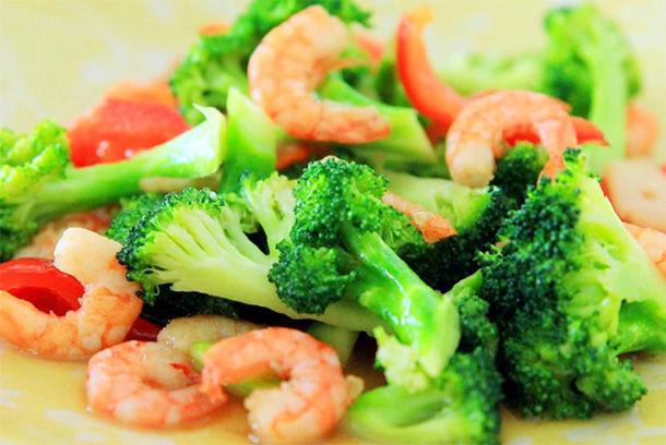 西蘭花炒蝦仁好吃不貴,孩子最愛的綠色菜 第1张