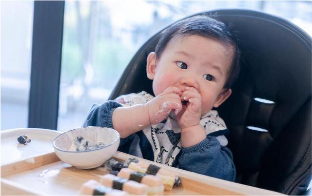 1歲半寶寶的輔食是吃粥好還是吃米飯好? 第1张