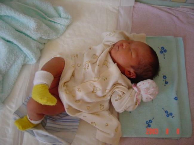 新生兒什麼時候可以用枕頭?註意這個時間否則不利於脊柱發育 第4张
