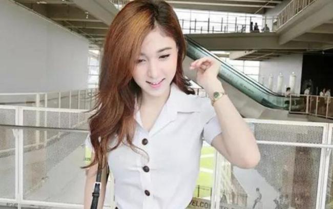 """泰國美女來中國打工吐槽:不能相信中國男人說""""我不行"""" 第1张"""
