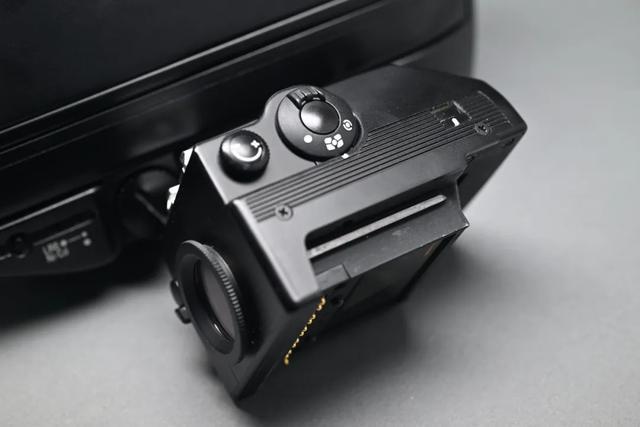 尼康F4旗艦級單反相機,自動對焦鏡頭深受攝影師歡迎 第6张
