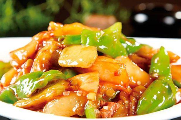 青椒土豆茄子一鍋炒,地三鮮營養豐富做法簡單 第1张