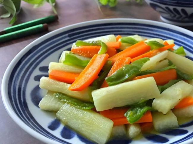 胡蘿蔔炒山藥,做法簡單食材便宜又健康 第2张