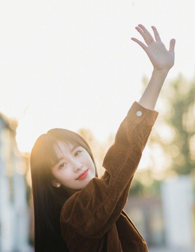 """娛樂圈這些""""初戀臉""""火了,陳都靈與章若楠靈氣逼人 第7张"""