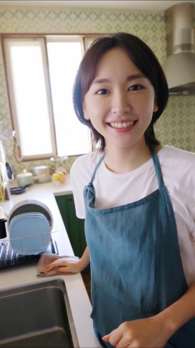 """娛樂圈這些""""初戀臉""""火了,陳都靈與章若楠靈氣逼人 第10张"""