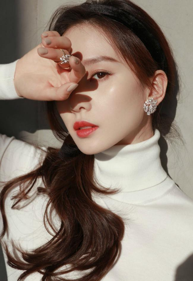 劉詩詩的復古輕眼妝正流行,提升氣質調整眼型 第3张