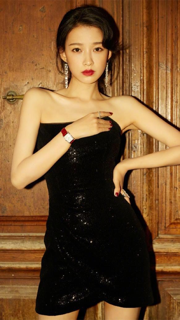 孫怡長相甜美,笑容美麗,在網路上擁有超高的人氣 第1张