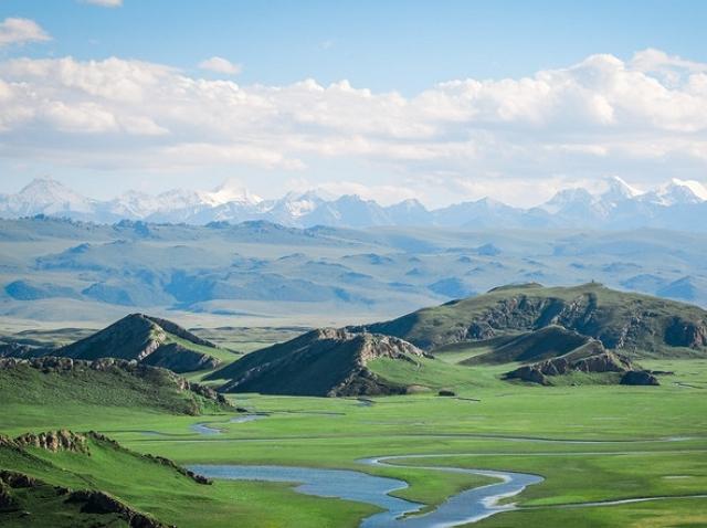 新疆的巴音布魯克草原,曾是《飛馳人生》取景地,景色秀麗 第1张
