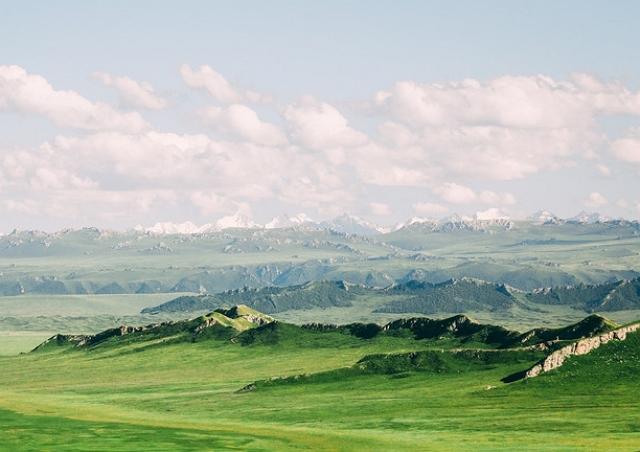 新疆的巴音布魯克草原,曾是《飛馳人生》取景地,景色秀麗 第4张