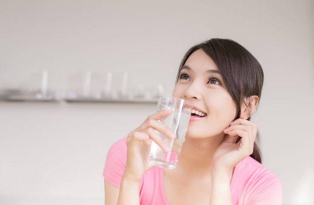 早晨起來先喝一杯溫開水,是等於喝細菌嗎? 第4张