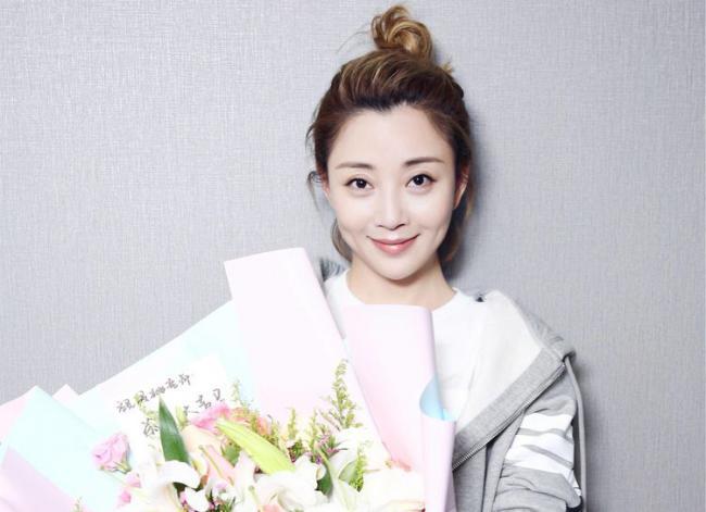 殷桃出演多部電視劇,多次獲獎贏得了觀眾的贊譽 第3张