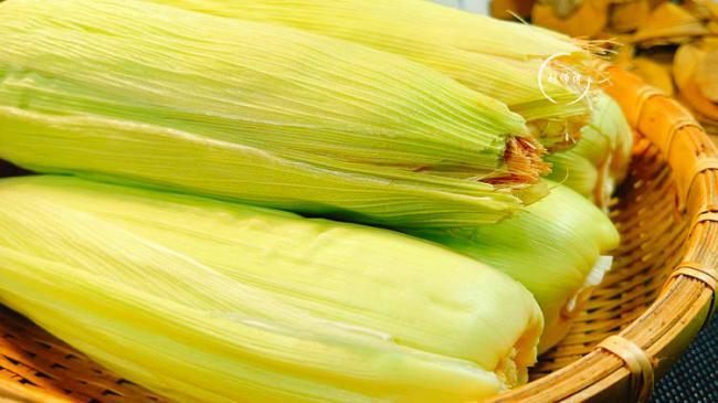 按這個方法煮玉米,真的吃著更軟糯,聞著更清香 第3张
